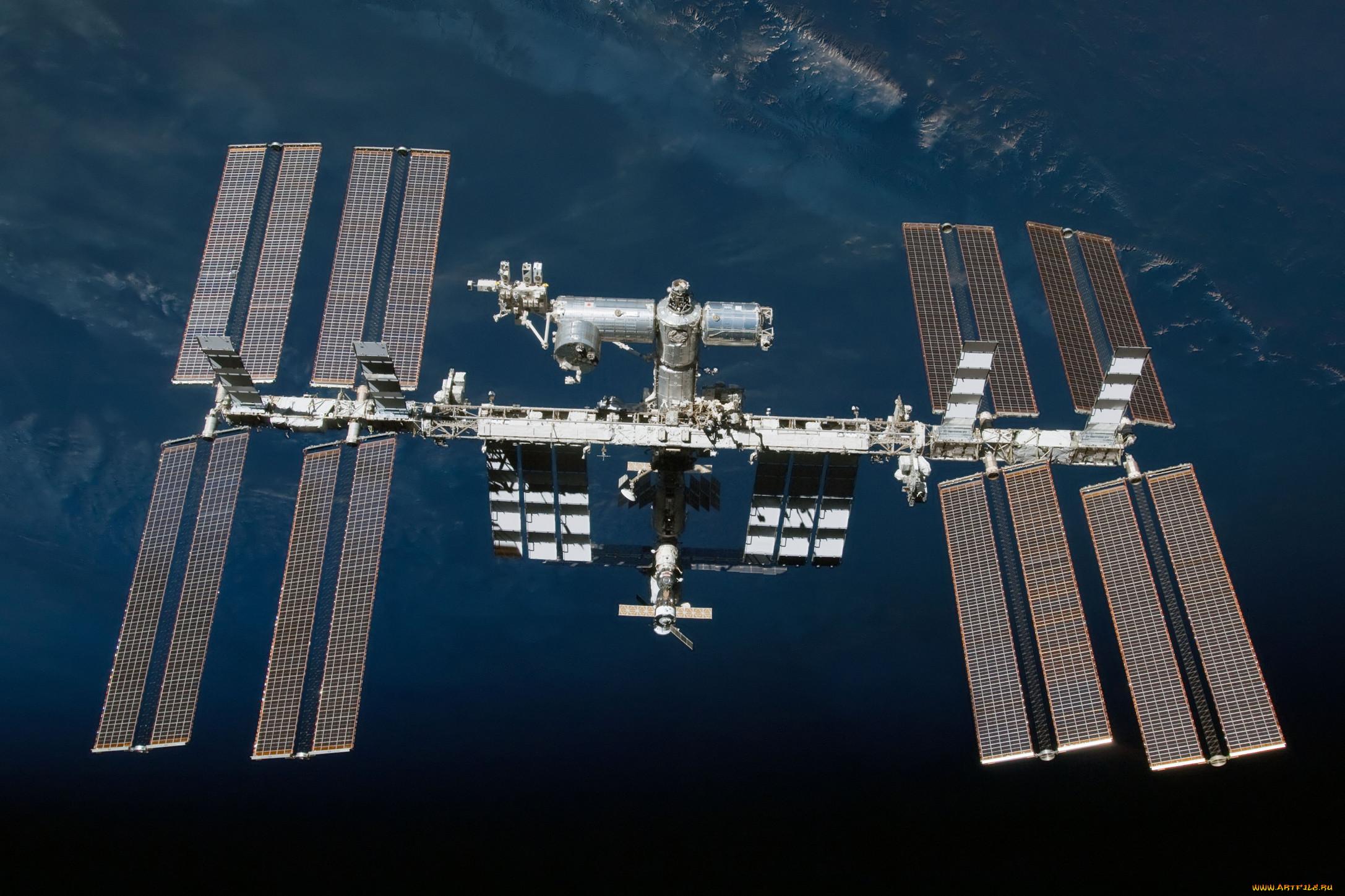 фото космической станции мир собой глубоко вдающийся